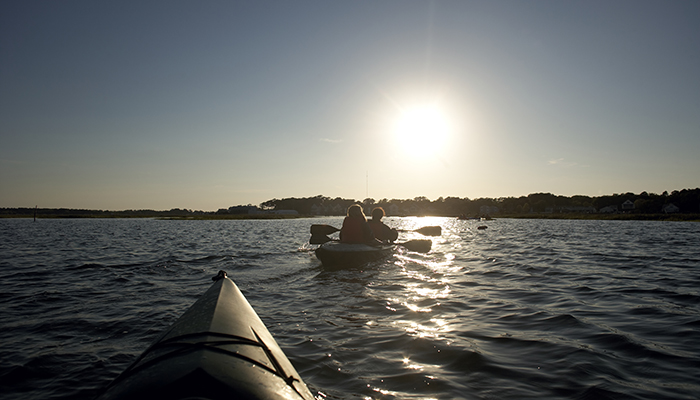 Paddling the Eastern Shore. Photo by CameronDavidson@CameronDavidson.com.